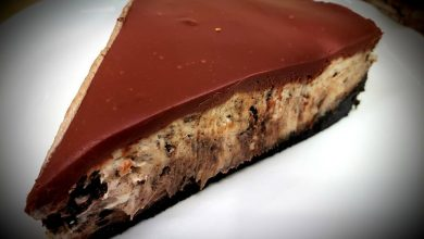 Photo of No Bake Oreo Cookie Cheesecake